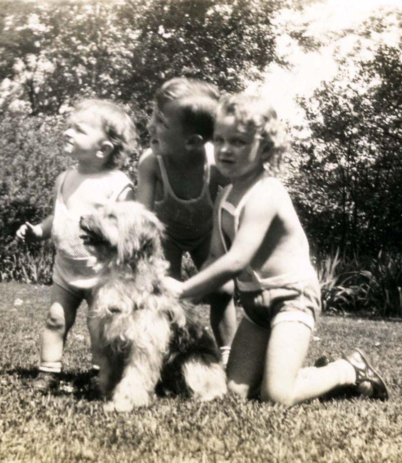 Three tatro kids and dog
