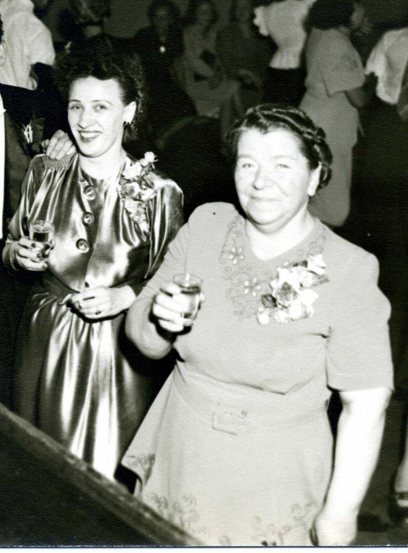 Drinking grandmotherscrop